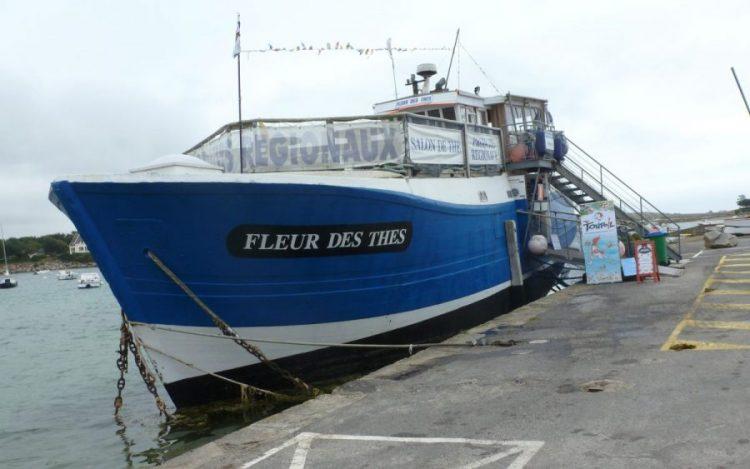 FLEURS DES THÉS bateau